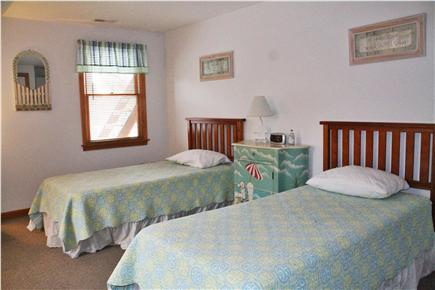 South Chatham Cape Cod vacation rental - Upstairs Twin Bedroom