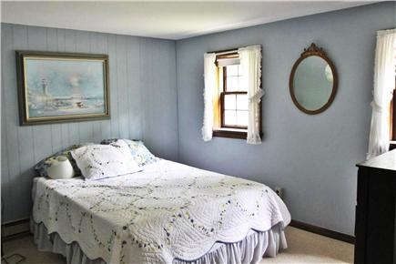 Brewster Cape Cod vacation rental - Apartment Bedroom - Queen Bed
