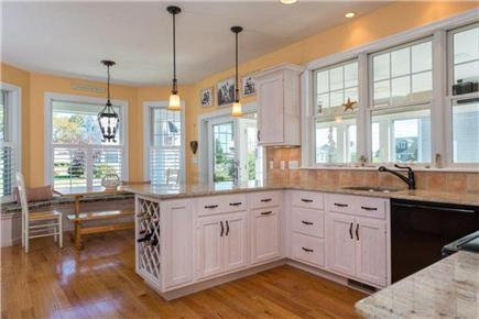 Mashpee, Popponesset Cape Cod vacation rental - Kitchen and kitchen table