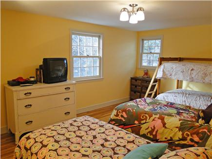 Yarmouth Port Cape Cod vacation rental - Upstairs bedroom with bunks beds and two twin beds