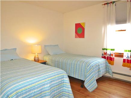 Brewster Cape Cod vacation rental - Twin bedroom #1