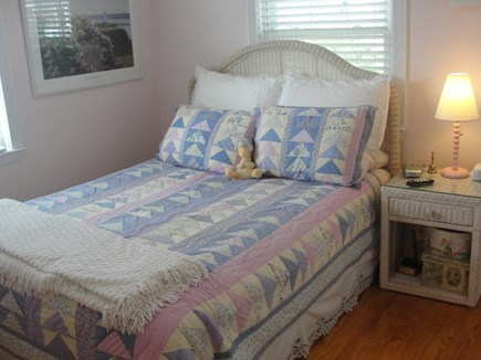 Falmouth-Maravista Cape Cod vacation rental - 2nd Bedroom - Queen - 1st level