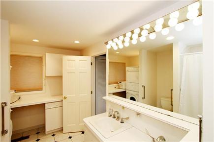 Brewster Cape Cod vacation rental - Guest Bathroom (1st Floor)
