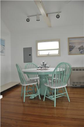 Plymouth  MA vacation rental - Clean and Fresh with bright sunshine and comfy seating!