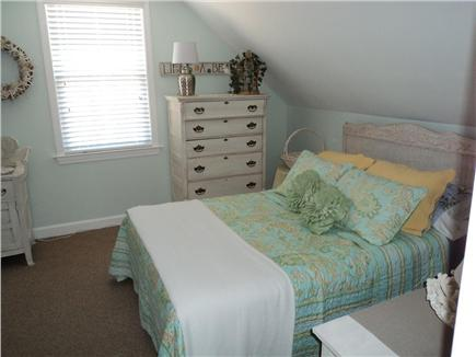 Dennis Cape Cod vacation rental - Upstairs bedroom with full bed