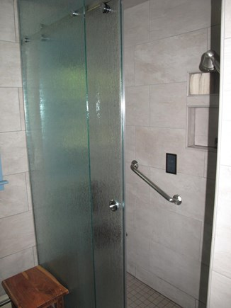 South Orleans Cape Cod vacation rental - New walking steam shower