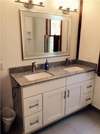 Wellfleet Cape Cod vacation rental - Newly-renovated master bath (double sinks and combo tub/shower)