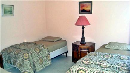 Hyannis Cape Cod vacation rental - Bed # 3 - 4 twin beds