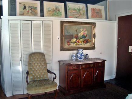 Hyannis Cape Cod vacation rental - Foyer