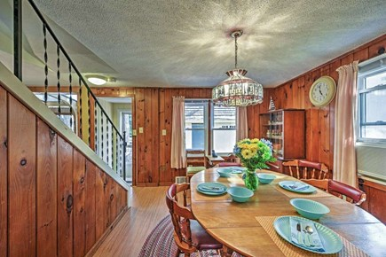 Yarmouth Cape Cod vacation rental - Large dining area