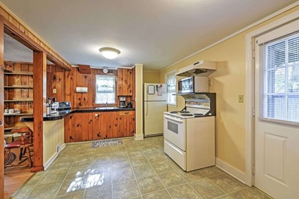 Yarmouth Cape Cod vacation rental - Fully Stocked Kitchen