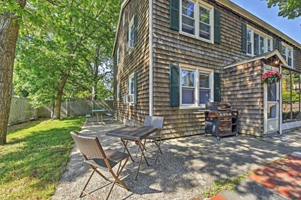 Yarmouth Cape Cod vacation rental - Side yard