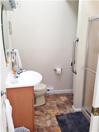 Craigville Beach, Centerville Centerville vacation rental - Bathroom