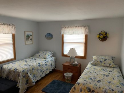Harwich - Great Sand Lakes  Cape Cod vacation rental - Twin beds in Bedroom #2
