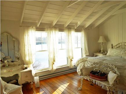 Centerville Centerville vacation rental - King bedroom