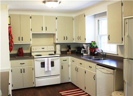 Centerville Centerville vacation rental - Kitchen - New Stove. New toaster. New Coffee Maker. Dishwasher.
