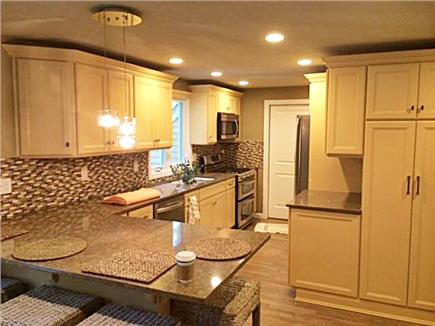 Falmouth - Seacoast Shores Cape Cod vacation rental - Kitchen