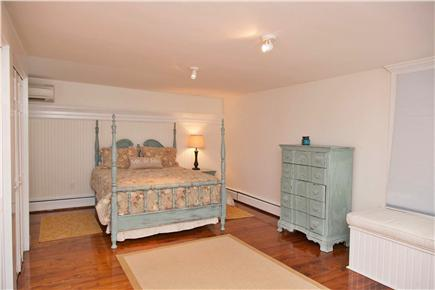 Yarmouth Cape Cod vacation rental - Master bedroom