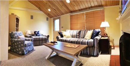 Mashpee Cape Cod vacation rental - Panoramic of Living Room