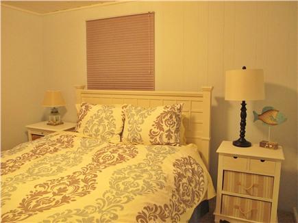 Mashpee Cape Cod vacation rental - Queen Bedroom