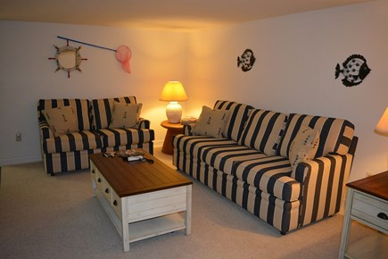 Sandwich, Scorton Shores Cape Cod vacation rental - Basement  with sitting room - Cable TV and Wii