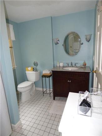 East Dennis Cape Cod vacation rental - Full bath on 2nd floor