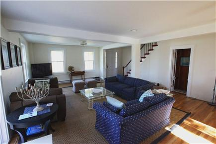 Woods Hole, Falmouth Woods Hole vacation rental - Large, cozy, sunny room-comfy furniture w/ a daybed (aka napbed)