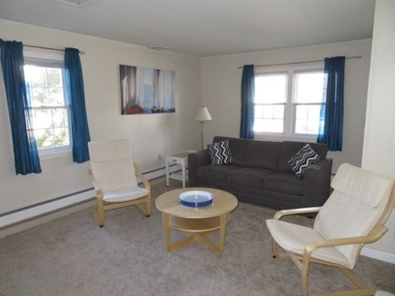 Hyannis, Craigville Cape Cod vacation rental - Family Rm #2, comfy Boston Interiors Queen Sofa - Deluxe Mattress