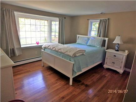 Hyannis, Craigville Cape Cod vacation rental - Bedroom #1 - Large Master suite w/1/2, bay window and closet