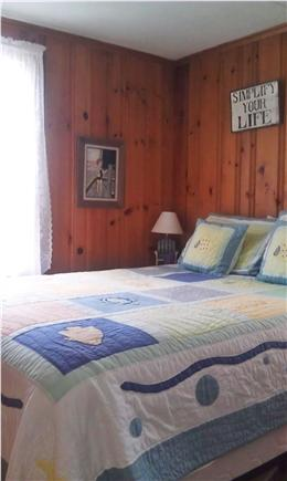 Pocasset, Patuisset Pocasset vacation rental - Sleeps 4 in 2 bedrooms; this is the master BR