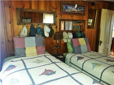 Pocasset, Patuisset Pocasset vacation rental - Second BR with two twin beds