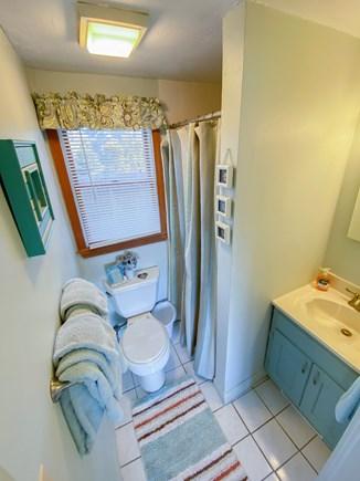 Chatham Cape Cod vacation rental - 1st Floor Full bathroom