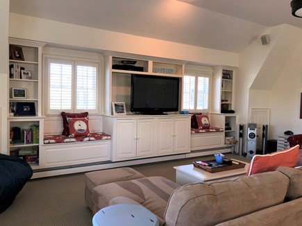 Harwich Port Cape Cod vacation rental - Comfortable Family Room