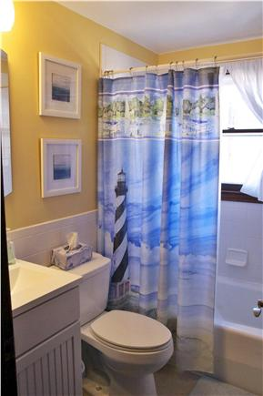South Yarmouth Cape Cod vacation rental - Upstairs Full Bathroom