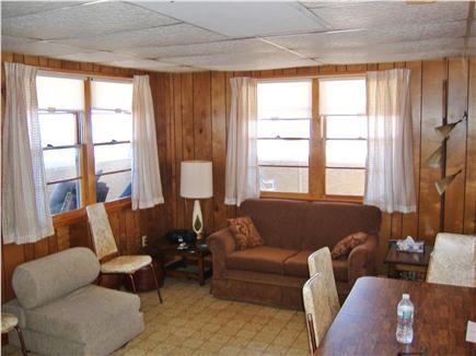 Manomet, Plymouth Manomet vacation rental - Living Room