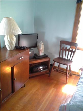 Wareham MA vacation rental - Bedroom 1 with cable TV