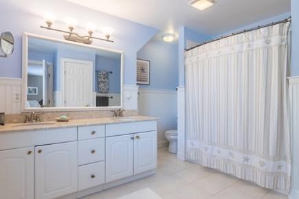 Wellfleet Cape Cod vacation rental - Full bath second floor.