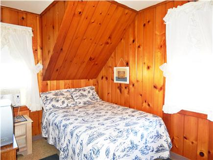 Bourne, Monument Beach Cape Cod vacation rental - Double bed in Bedroom  # 2