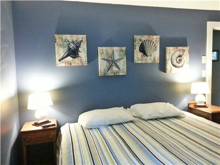 Falmouth, Teaticket Cape Cod vacation rental - Feel like the ocean has come to you in the lovely blue Master. TV