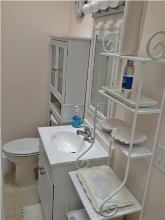 Centerville Cape Cod vacation rental - Bath