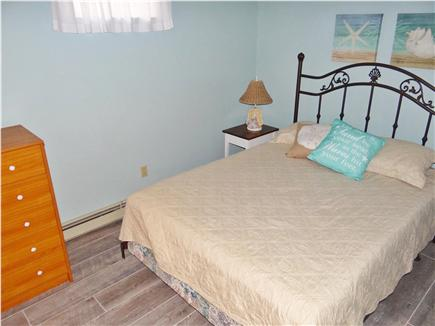 Chatham Cape Cod vacation rental - The freshly painted downstairs bedroom has a queen bed.