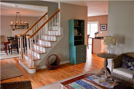 Falmouth vacation rental home in cape cod ma 02556 3 10 for Cape cod house plans open floor plan