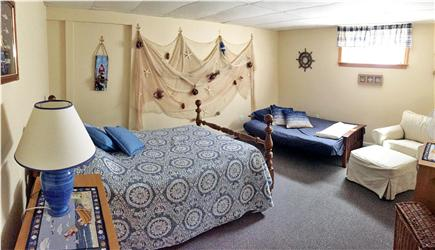Brewster Cape Cod vacation rental - Guest Bedroom #4 - Double Bed and Futon