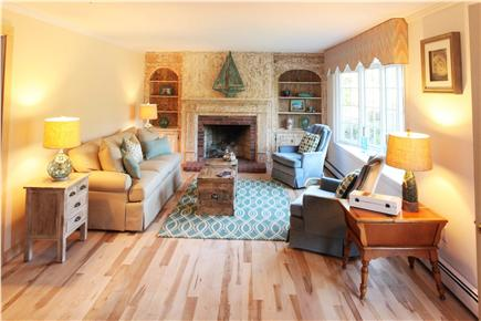 Chatham Cape Cod vacation rental - Bright & Sunny Living-room