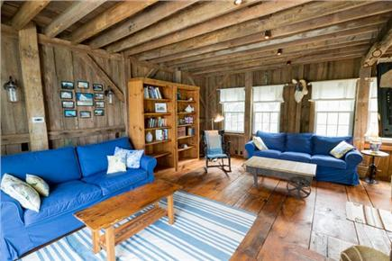 Chatham Cape Cod vacation rental - Living room picture showing the pull out sofa
