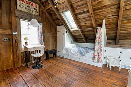 Chatham Cape Cod vacation rental - Alcove sleeping area (twin) in the upstairs bedroom