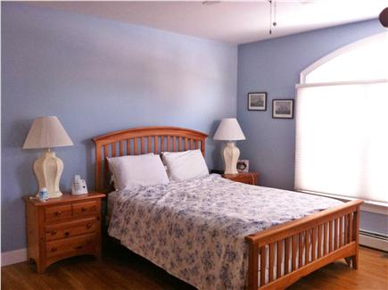 New Seabury, Mashpee New Seabury vacation rental - First floor Master Bedroom with jacuzzi bath tub in master bath