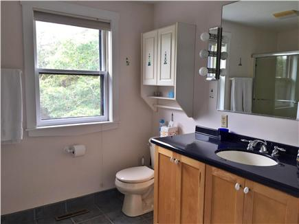 Harwich  Cape Cod vacation rental - Second floor full bathroom