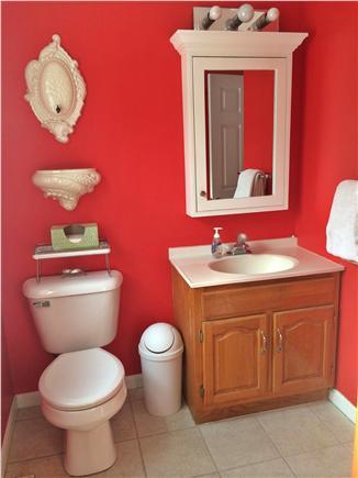 Harwich  Cape Cod vacation rental - First floor full bathroom