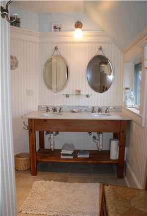 Sandwich Cape Cod vacation rental - Contemporary Baths.